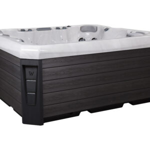 Malaga Wellis hot tub